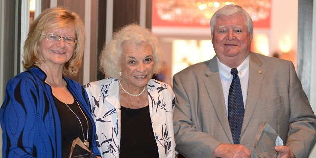 Justice Lewis with Annette Boyd Pitts and Sandra Day O'Connor
